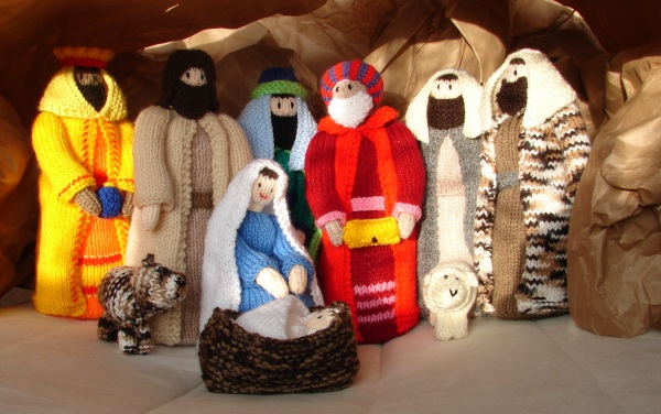 Free Knitting Patterns Christmas Crib : A Christmas angel and other stories   Rainbow Junkie