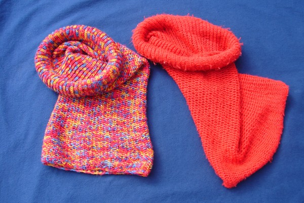Free Knitting Pattern For Tube Scarf : Catching up   Knitting a scarf/hat tube thingy   Rainbow Junkie