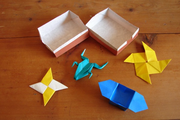 Origami including frog