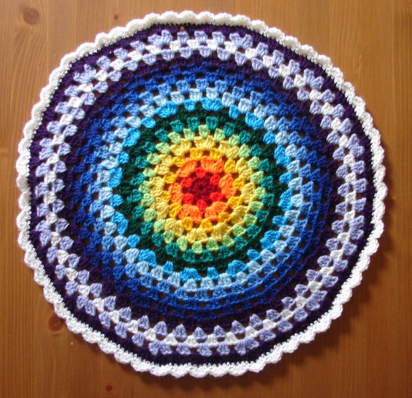 Crochet Patterns Circle : The Mathematics of a Granny Circle (inc pattern) ? Rainbow ...
