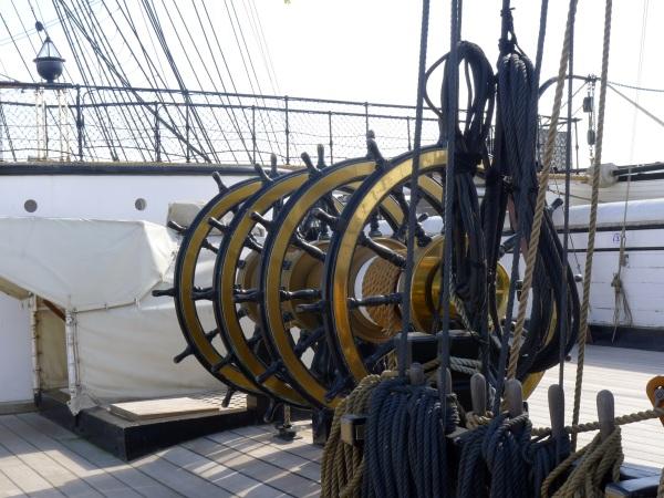 0135-shipswheels