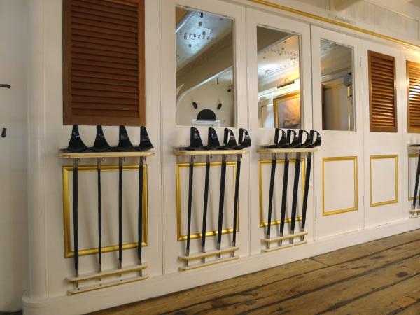 0135-swords