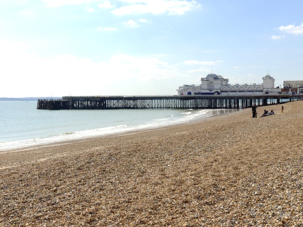 0137-thepier