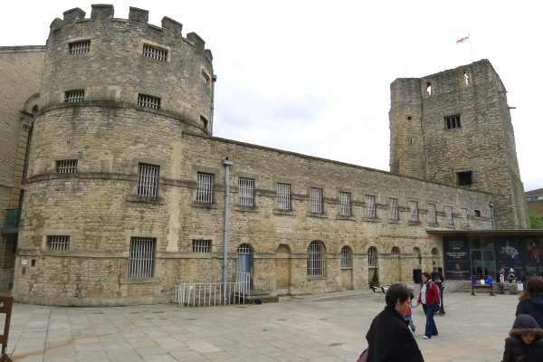 0184-oxfordcastle