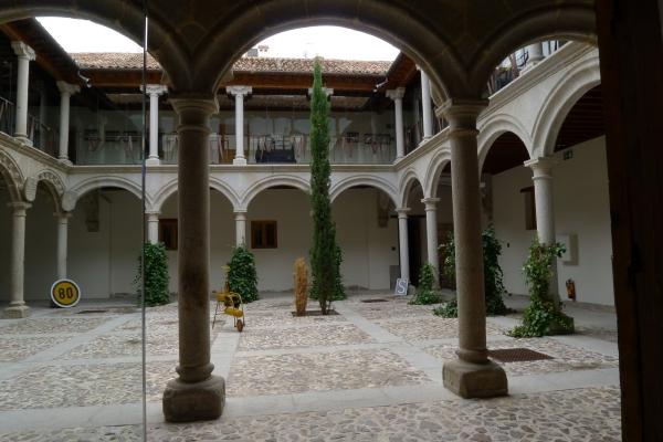 0191-courtyard