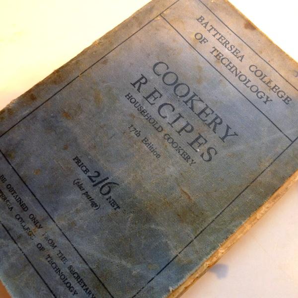 205-oldcookerybook