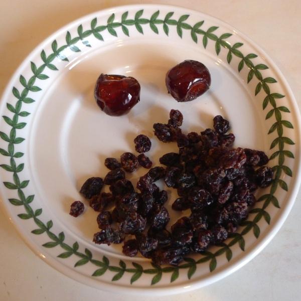 0232-16currants&cherries
