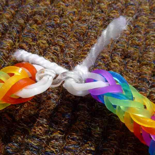 Yarn tied through bands