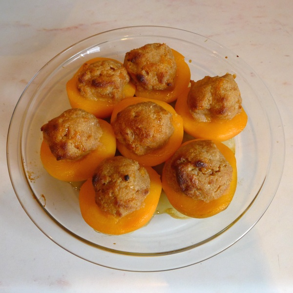 Cooked stuffed peaches