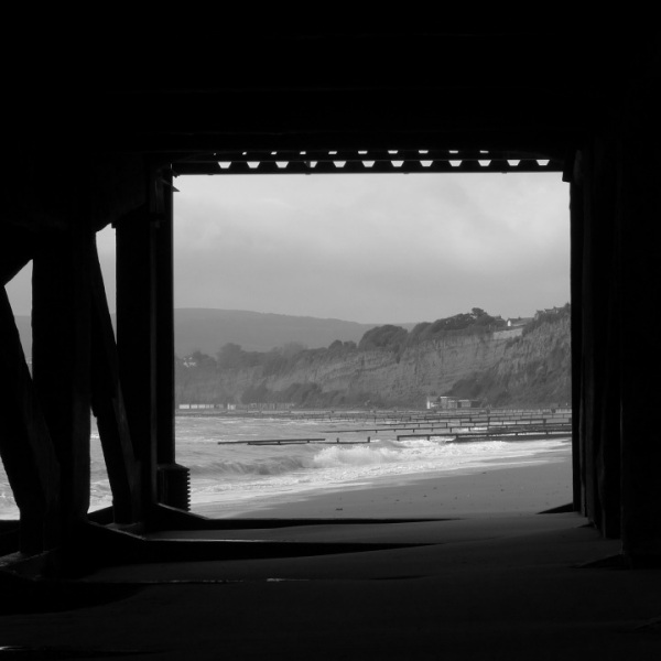 Under the pier (monochrome)