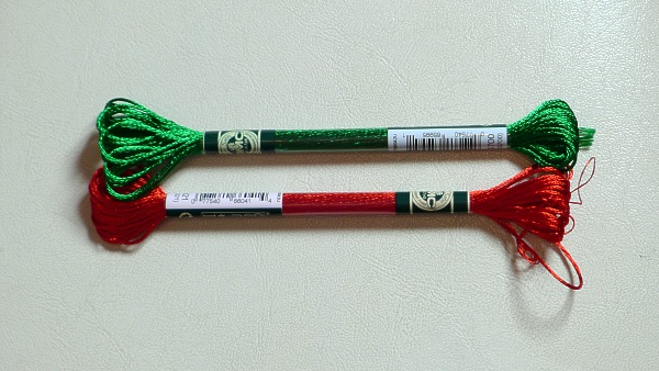 Red and green thread