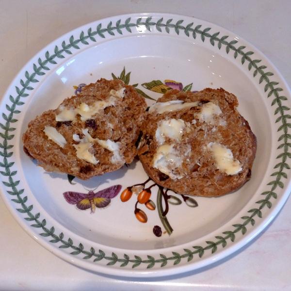 Buttered bun
