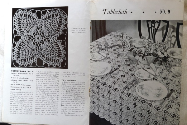 Tablecloth motif