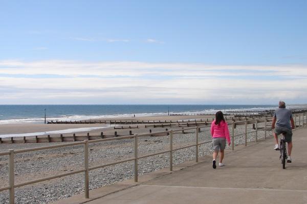 Tywyn promenade