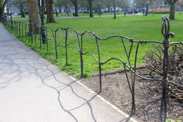 Final choice of fence