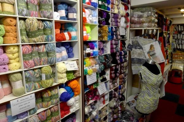 Lots of yarns