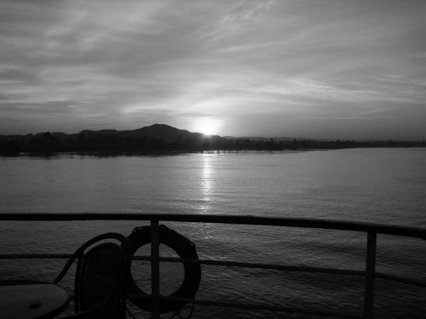 Rainbow Junkie - (2-1) Sunset on the Nile