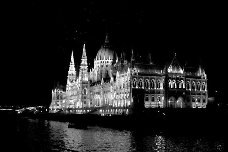 Rainbow Junkie - (2-30) Budapest