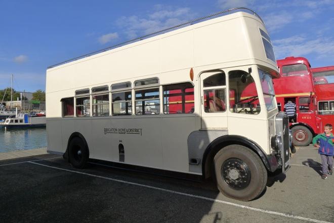 0520-open-top-bus