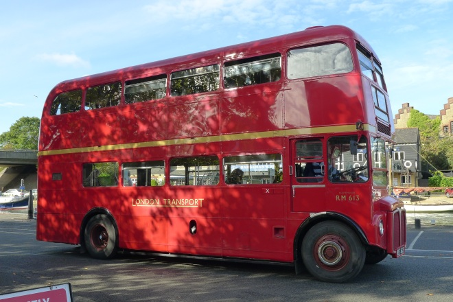 0520-red-london-bus
