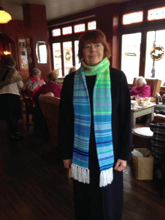 0546-wearing-scarf