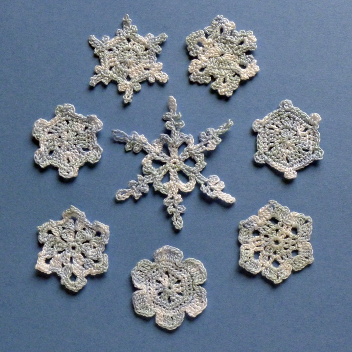 crochet thread snowflakes