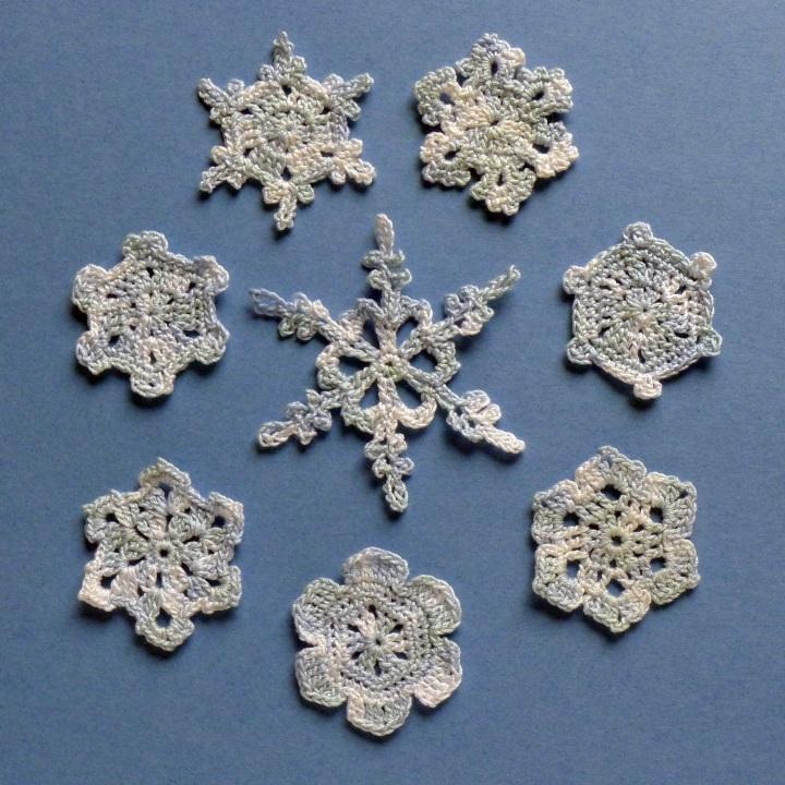 crochet thread snowflakes