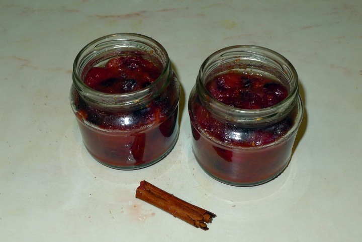 cranberry sauce in jars with cinnamon stick