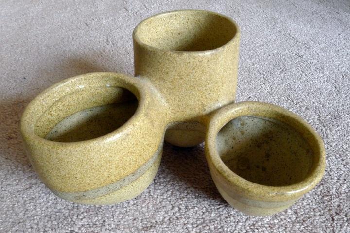 three hole pot