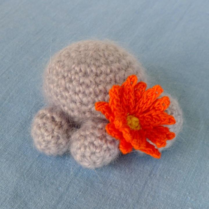 flowering little mouse