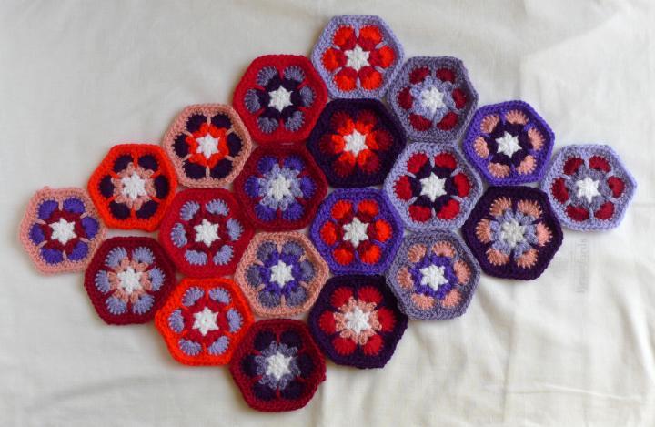 red/purple hexagon arrangement