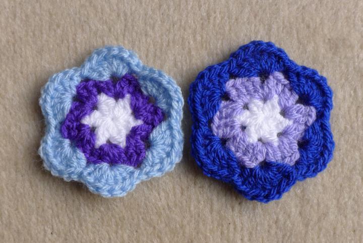 two mixed colour third round motifs